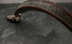 鲤字号の手缝皮包的广播