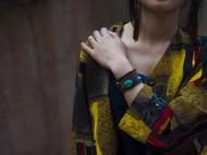 菠萝原创手制  民族刺绣 手环