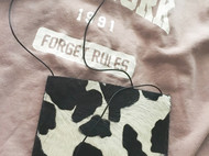 奶牛纹毛皮小包