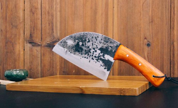 以Almazan野外厨房的老头刀为原型纯手工锻制夹钢菜刀