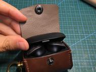 应该是叫耳机包还是耳机盒套?