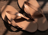 arunningdeer手工头层植糅牛皮枥木复古日系v底皮拖鞋真皮人字拖