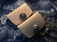 原色植鞣皮老琉璃卡包