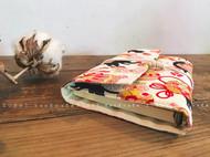 猫咪玩绣球暖色系六孔活页夹手工手帐本子