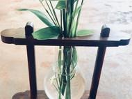 木头灯泡小花瓶一二三