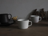 手工竖条纹咖啡杯——脂白