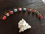 刺绣里的戒指