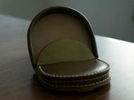 马蹄型橄榄绿马臀零钱包