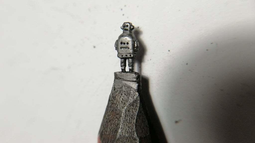 DIY铅笔机器人雕塑
