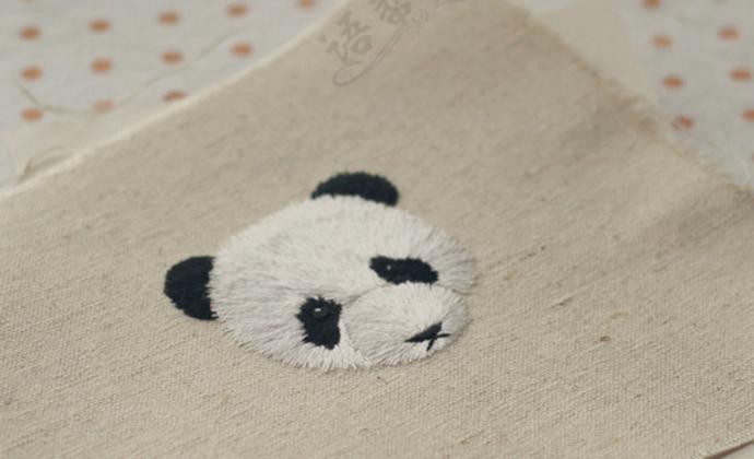 手工刺绣萌滚滚熊猫胸针布贴