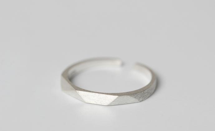 valentina原创新款s925纯银简约个性菱角菱形欧美街拍戒指限量女