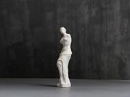 手工制作的陶瓷断臂的维纳斯摆件
