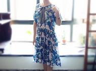 旧事新款荷叶袖甜美V领花色中长裙原创复古印花宽松蝴蝶结连衣裙
