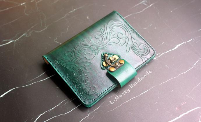 复古墨绿色护照夹
