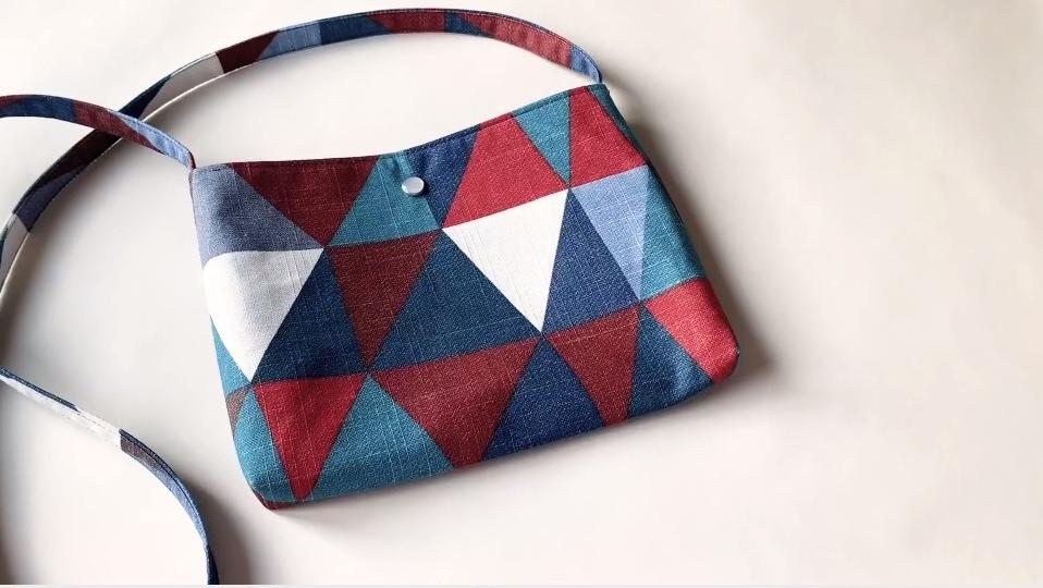布艺缝纫DIY教程:简约的迷你单肩包