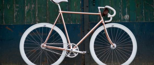 超帅的自行车改造,铜车架,皮革储物袋
