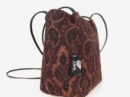 意品造物独立设计毛呢小背包日系水桶包女斜挎包复古布包文艺森系包