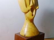 木雕——高歌一曲的女孩