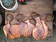 木器温暖的颜色,让人由衷的欢喜。一种简约,质朴,却有着强烈吸引力的美。