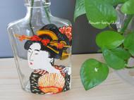 浮世绘美女图之玻璃瓶载体