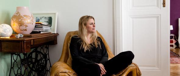 策展人Alexandra Grausam和TA充满艺术气息的家