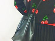 黑色小水桶包