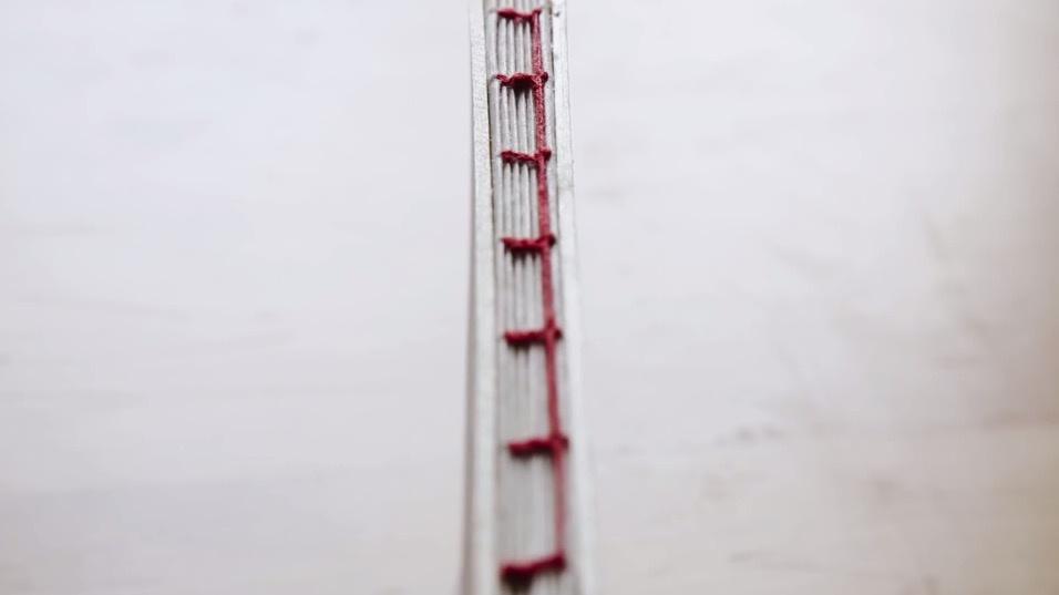 30分钟的手工书装帧视频 | 以凯特缝装帧法制作一本桑皮纸手工本
