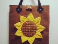 向阳花手提包