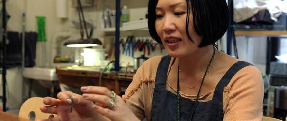 坚持手工艺,是最幸福的事情- 珠宝设计师Satomi Kawakita