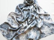 草木染丝巾/暮雪/面料:素绉缎/材料:紫草/尺寸:200*60