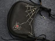 集点手作坊 手工皮具枥木鞍革黑色鹿皮阿美咔叽斜挎包铆钉单肩包