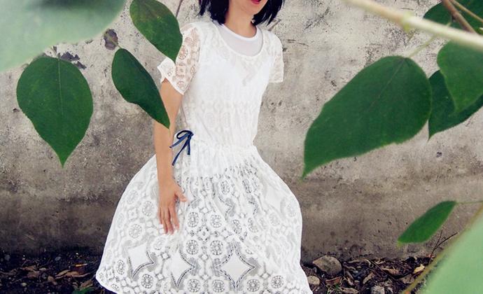旧事原创 复古蕾丝镂空连衣裙 森系宽松白色连衣裙
