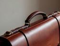 经典风琴褶皮革公文包(手工客moko组织翻译教程系列)