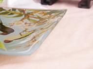 经过几个月的设计绘图,调色修改,花鸟方盘成功入驻故宫冰窖