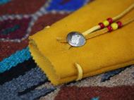Thug Chimp手工皮具 琉璃珠 美分币 阿美咔叽黄色鹿皮包 零钱包