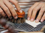 手工皮具|一个短夹的制作过程拍下来竟然需要220张照片(●°u°●)