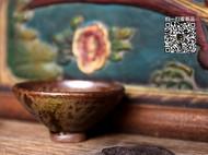 传统龙窑柴烧的小茶杯