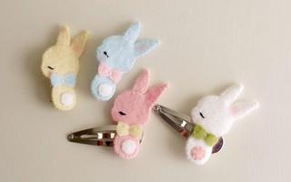 简单的毛毡diy教程 - 手工制作可爱的小兔子毛毡发卡diy教程