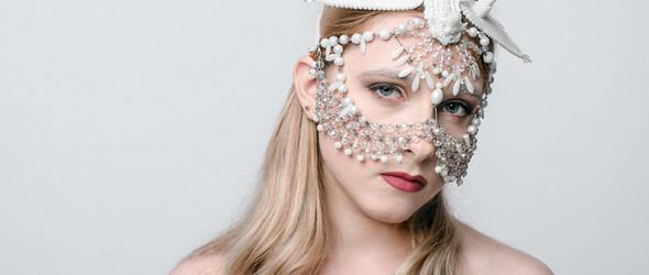 从油画到珠宝,意外的人生总是充满惊喜 | 设计师Rasa Vilcinskaite的面具和配饰