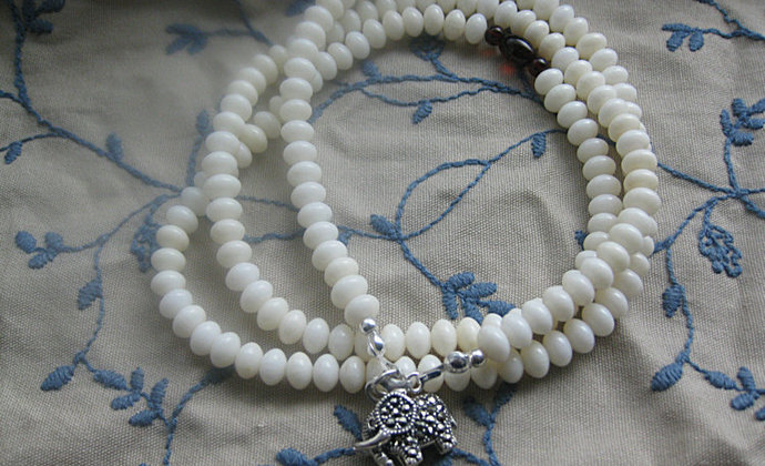 明净 白珊瑚项链、手串