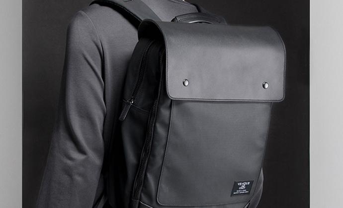 意品造物Flatsquare Hyperlight black双肩包