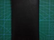 简约的黑色植鞣长款钱夹
