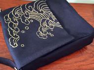 原创手绘亚麻布包斜挎包金粉绘画金色海浪斜挎男包女包 可清洗