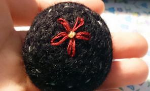 戳羊毛,绣上花儿~做成毛衣链送