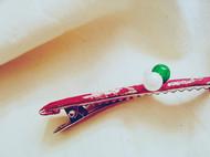 绉棉褶皱梅花枣红底绿玛瑙 仿珍珠扣