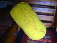 在泰国时用旧T做的一个抱枕