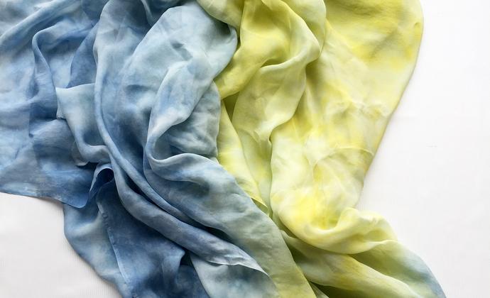 草木染真丝丝巾——新月