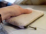 简单零钱包 可同时放入零钱 卡 钥匙