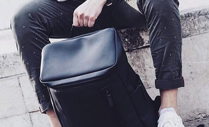 意品造物高品质防水防滑放燃Amsterdam Carbon双肩包