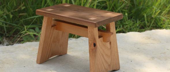 专属女孩的一款板凳